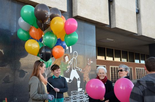 Agatha Gothe-Snape's Balloons