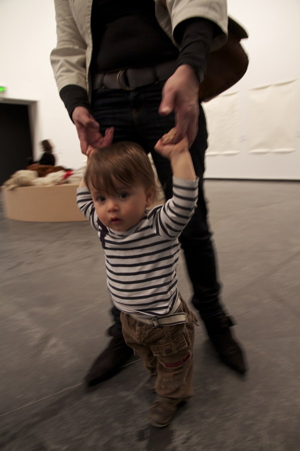 Roman Ondak, Teaching to Walk 2002, Courtesy of the Artist, Photograph: Emma Sullivan